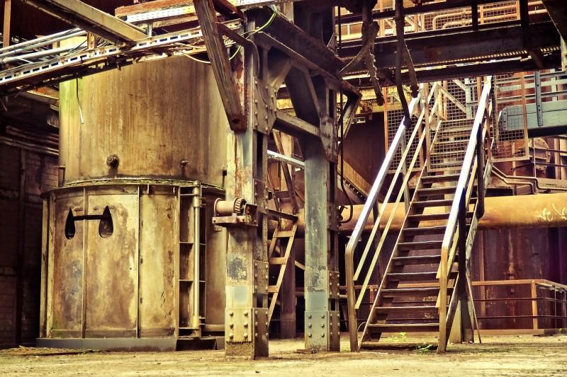 Minimér risikoen for olie- og kemikalieudslip med effektive spildbakker