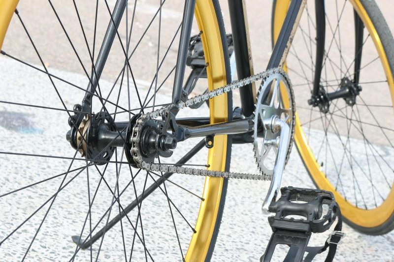 Køb dit cykeltilbehør via nettet og spar både tid og penge
